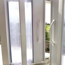 Cabine de douche pliante en PVC sur