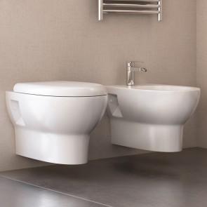Toilettes et bidet suspendus sans...