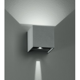 Led-W-Alfa/2W - Applique Led Di Colore Silver Dalla Forma Cubica 4 Watt 3000 Kelvin