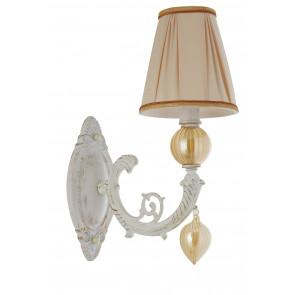 Applique a parete Orfeo design classico in metallo e vetro paralume bianco e vetri ambra